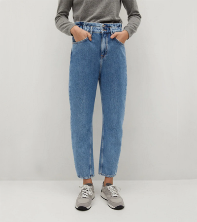 Super high waisted mom jeans